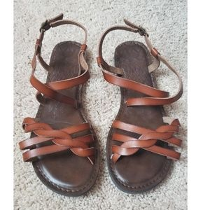 Sandals criss cross leather 9